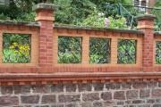 Фото 12 Кирпичный забор (65 фото): надежность, безопасность, эстетика