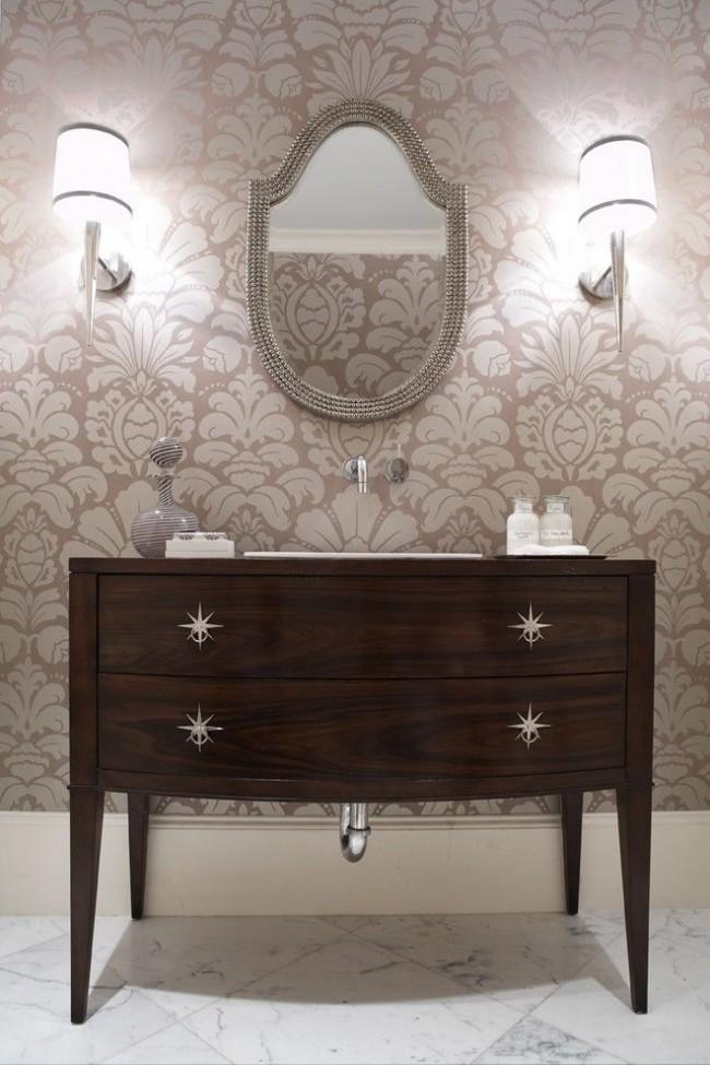 Металлические ручки оригинальной формы - яркое дополнение изысканной мебели из темного дерева