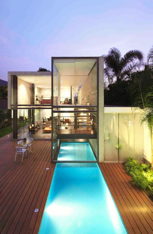 Просторный модульный дом с огромными панорамными окнами