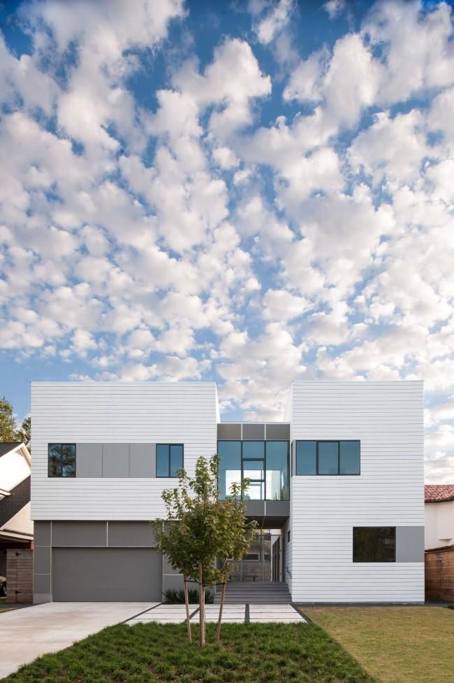 Красивый светлый модульный дом