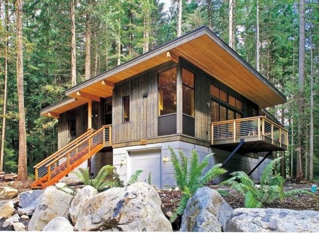 Модульный дом с пристроенным балконом позволит насладиться всей красотой местного пейзажа