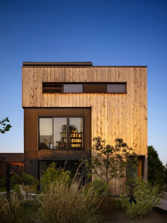Модульный дом с нестандартным сочетанием фактур