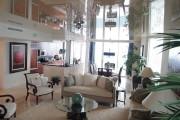 Фото 17 Натяжные потолки для зала (62 фото): выбор материала и стиля