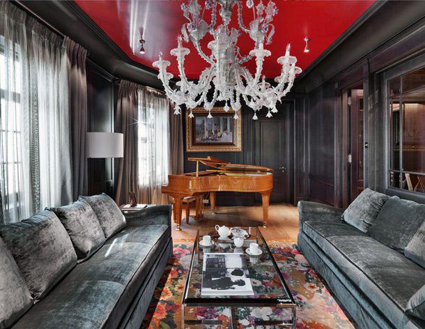 Красное и чёрное — классическое сочетание в дизайне интерьера