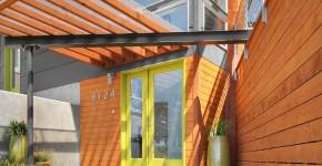 Навесы, пристроенные к дому, из поликарбоната (52 фото): функции, типы, плюсы и минусы фото