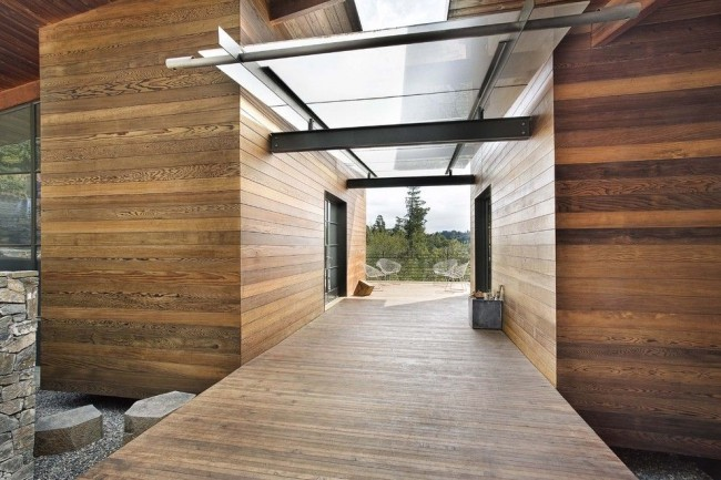 Поликарбонат - материалов, обладающий легкостью, прозрачностью, эластичностью