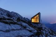 Фото 7 Уникальный приют для альпинистов в Словении
