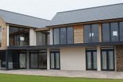 Фото 10 Остекление балконов и лоджий алюминиевым профилем (54 фото): отзывы, плюсы и минусы