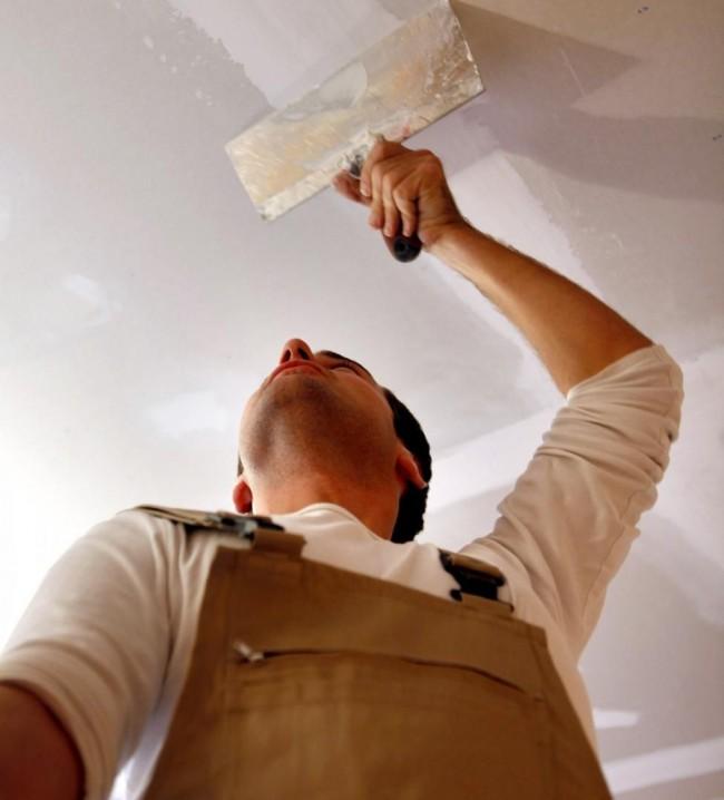 Шпаклевка швов потолка перед покраской