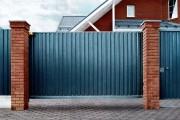 Фото 10 Ворота и калитки из профнастила (51 фото) — простой и доступный способ защиты участка