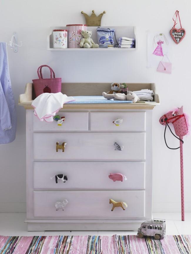 Такие яркие, привлекательные ручки выполненные в виде зверушек превосходно впишутся в интерьер комнаты для ребенка