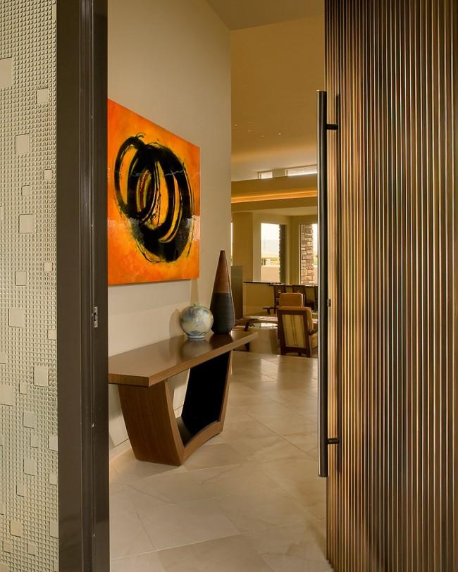 Дверные ручки для входных дверей. Шлифованный металл и дерево - идеальное сочетание для современной прихожей