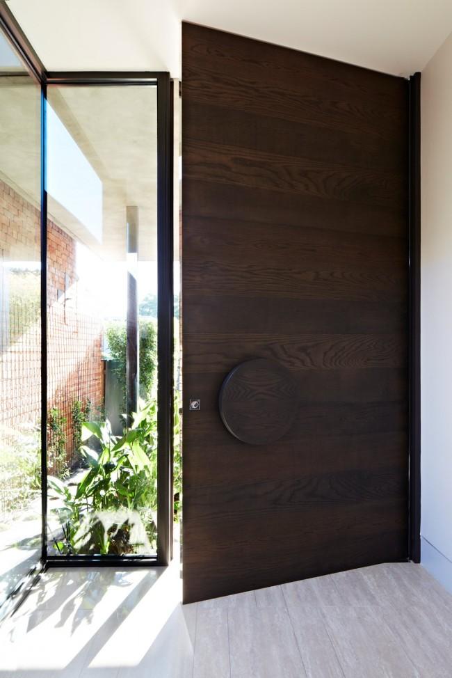 """Лучшие входные двери в частный дом. Стальные двери с отделкой """"под дерево"""""""