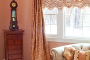 Фото 1 Французские шторы (45 фото): королевская роскошь в каждой складке