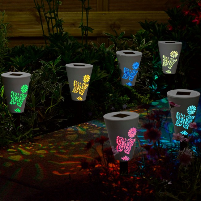 Светильник на солнечных батареях садовый уличный. Корпуса садовых светильников из любого материала - пыле- и водонепроницаемы