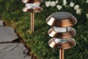 Фото 21 Садовый уличный светильник на солнечных батареях (50 фото): волшебство для вашего сада