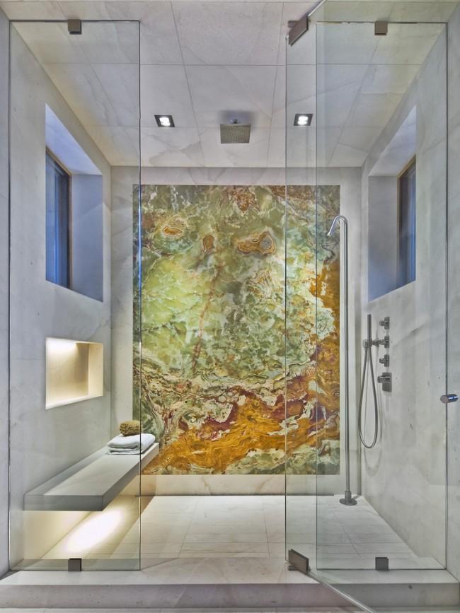 Влагозащищенные светильники для ванной комнаты. Встраиваемые точечные светильники с высоким классом влагозащищенности можно монтировать в непосредственной близости от лейки потолочного душа