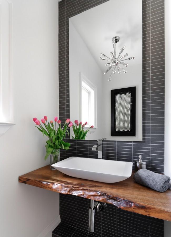 Влагозащищенные светильники для ванной комнаты. Потолочный светильник для ванной на вид может ничем не отличаться от предназначенного для жилых комнат поэтому совершенно не ограничивает в полете дизайнерской фантазии