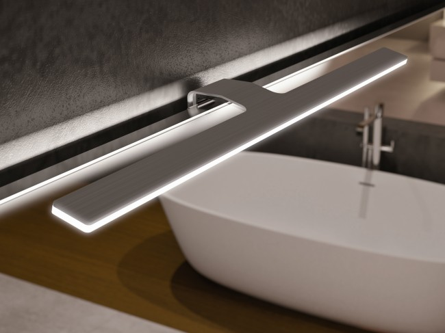 Влагозащищенные светильники для ванной комнаты. Классический вариант светильника над зеркалом приобретает самые малые размеры с LED-диодами в качестве светоизлучателей
