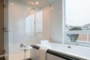 Фото 25 Влагозащищенные светильники для ванной комнаты: обзор стильных моделей, правила выбора и специфика монтажа