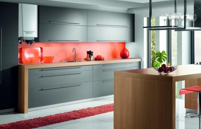 Двухконтурный газовый котел гармонично вписывается в интерьер кухни