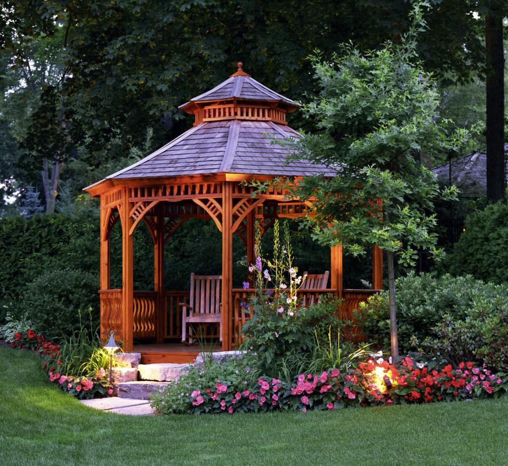 Беседки в саду