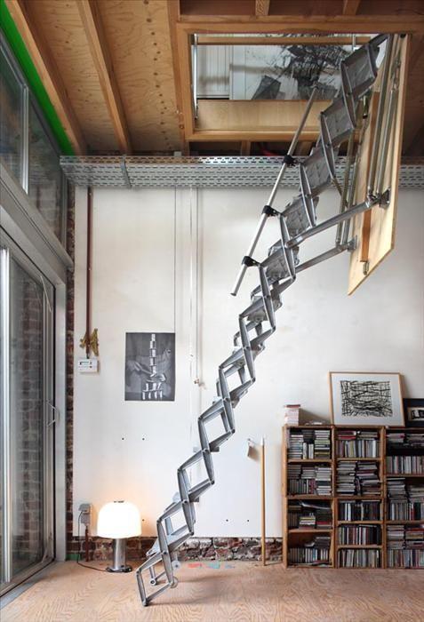 Чердачная лестница может стать стильным дополнением современного интерьера