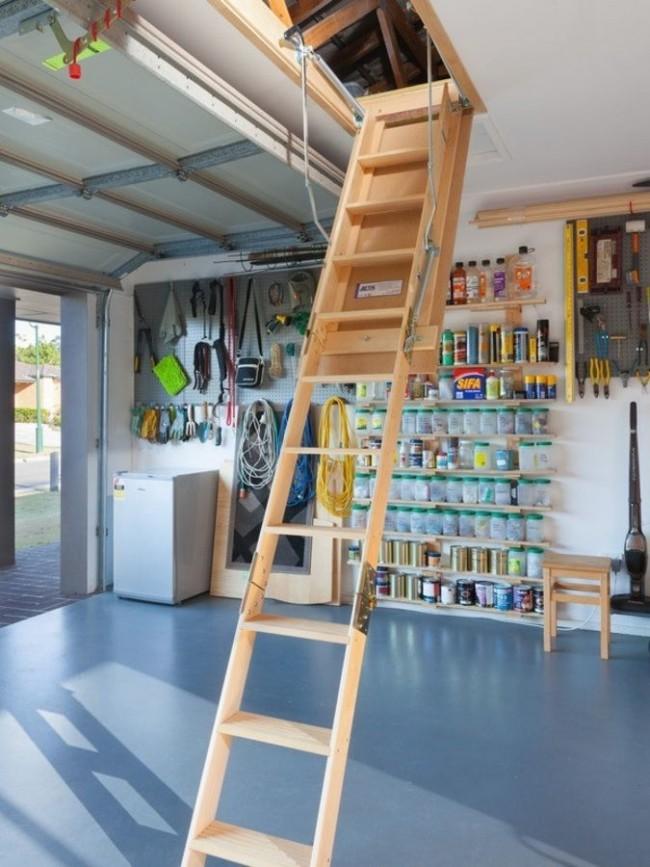 Такая лестница будет незаменима как в доме, так и в гараже или подсобном помещении