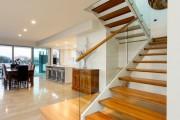 Фото 22 Деревянные лестницы на второй этаж в частном доме: 90+ фото лучших проектов и советы экспертов