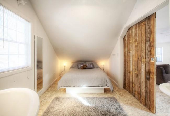 Деревянные двери просты в уходе