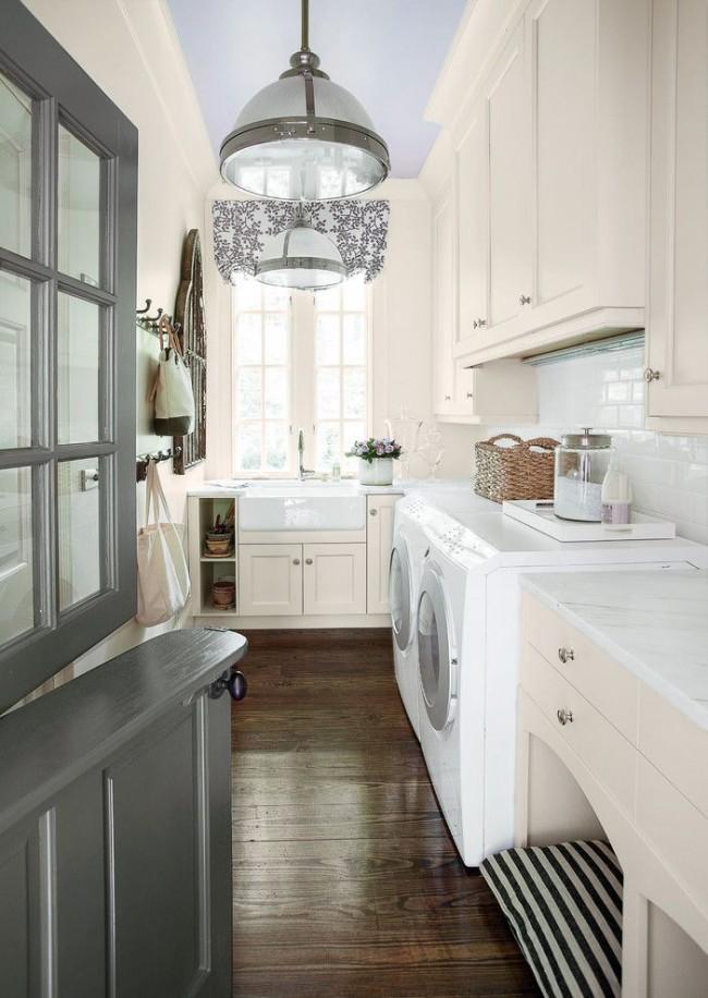 Конюшенная дверь на кухне