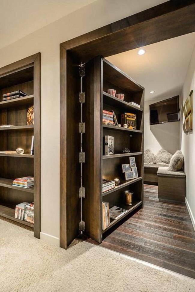 Скрытая дверь в виде деревянного шкафа
