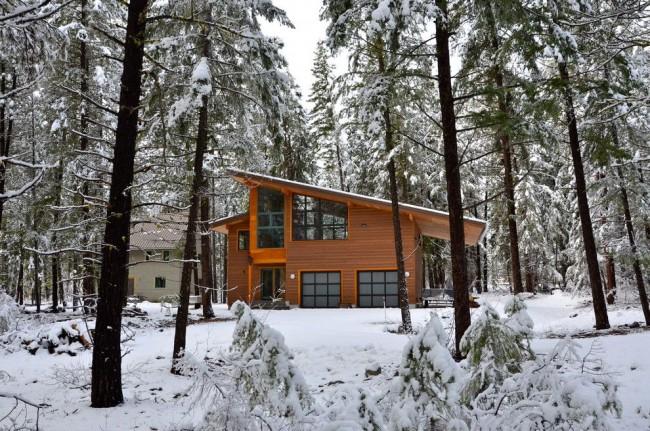 Благодаря своим теплоизоляционным свойствам, в каркасном доме будет тепло даже в лютые морозы