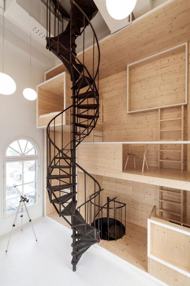 Винтовая лестница поможет сэкономить пространство