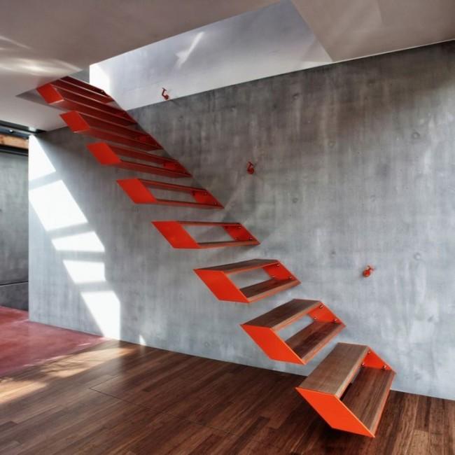 Лестница с красными парящими в воздухе ступенями