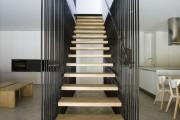 Фото 12 Лестницы на второй этаж на металлическом каркасе (59 фото): виды и правила выбора
