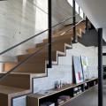 Лестницы на второй этаж на металлическом каркасе (59 фото): виды и правила выбора фото