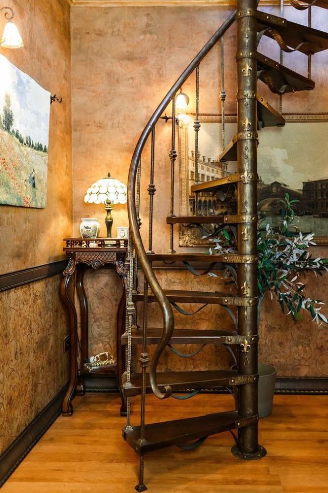 Лестница с металлическим каркасом в викторианском стиле