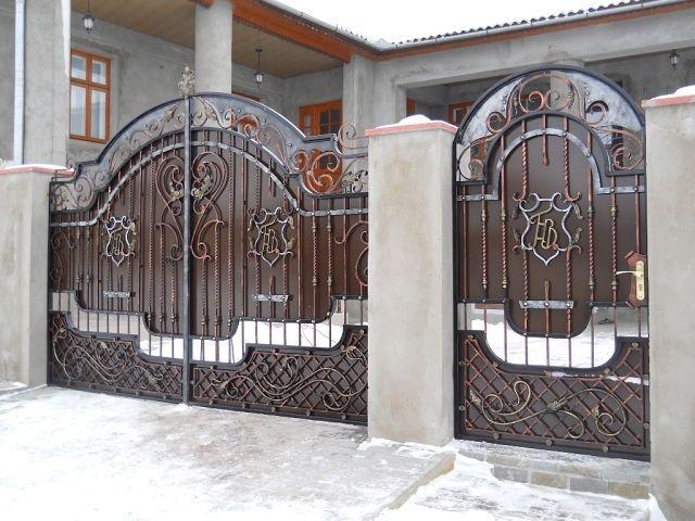 Картинки по запросу Ворота металлические кованые достоинства