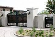 Фото 9 Металлические распашные ворота с калиткой (44 фото): особенности выбора и установки