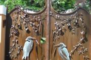 Фото 12 Металлические распашные ворота с калиткой (44 фото): особенности выбора и установки