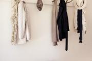 Фото 12 Настенная вешалка для одежды в прихожую: материалы, конструкции,  дизайн