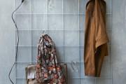 Фото 29 Настенная вешалка для одежды в прихожую: материалы, конструкции,  дизайн