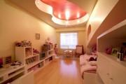 Фото 4 Натяжные потолки в детской комнате (63 фото): виды и особенности выбора