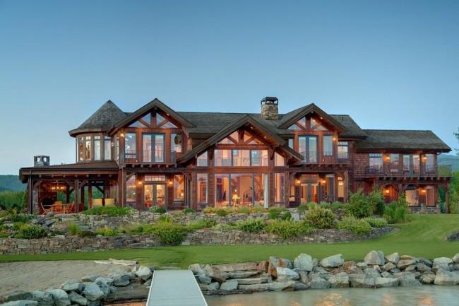 Роскошный дом каркасного типа с панорамными окнами