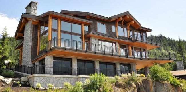 Каркасный дом с панорамными окнами на ленточном фундаменте