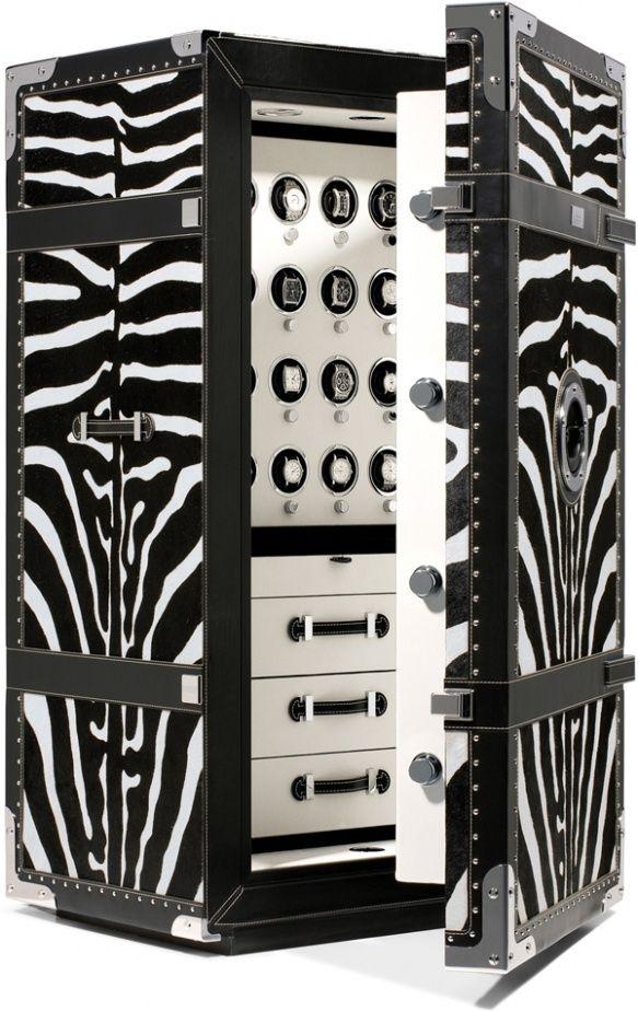 """Роскошный сейф с покрытием """"под зебру"""" отлично впишется в интерьер в стиле эклектика или арт-деко"""