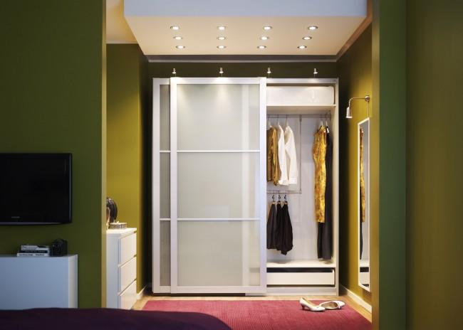 Сдержанность и лаконичность снаружи и большая вместительность внутри - отличное сочетание для мебели