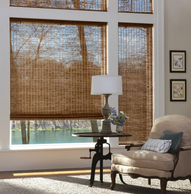 Чем вывести плесень на стенах в квартире. Если вы нашли плесень на бамбуковых шторах - снимите их и просто вымойте с мыльной водой. После полной просушки можно устанавливать их обратно