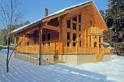 Фото 10 Деревянные дома из профилированного бруса:  проекты, преимущества и особенности строительства